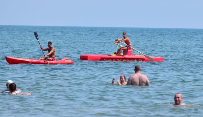 Foto: Amenzi pentru cei care ignoră avertismentele salvamarilor! Se fac planuri pentru înfiinţarea Poliţiei turistice