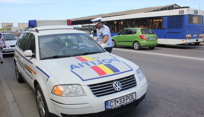 Atenție, șoferi! Transport agabaritic în Constanța - politiarutiera413756107181376649-1431682518.jpg