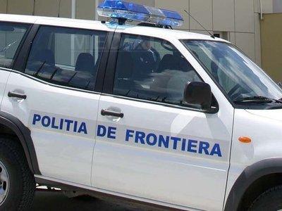 Foto: RAZIE A GĂRZII DE COASTĂ / Zeci de ambarcaţiuni şi maşini controlate în Portul Cernavodă