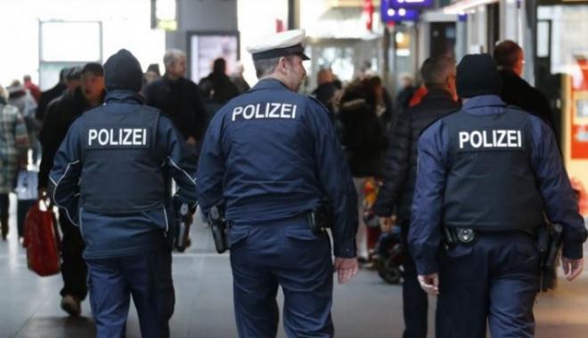 Foto: Un mort şi trei răniți, într-un schimb de focuri lângă un club de noapte din Berlin