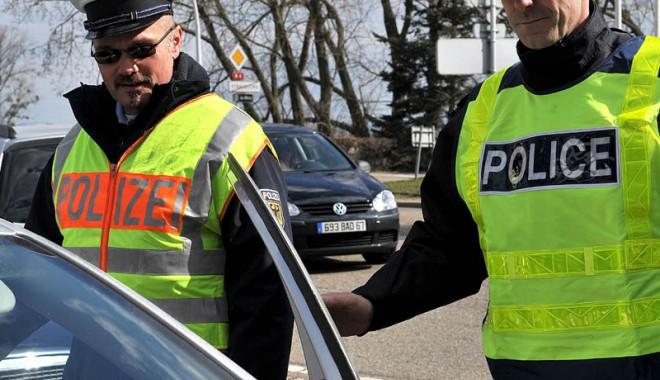 Ţi-a fost reţinut permisul în străinătate? Iată cum îl recuperezi - politiepermis-1333566869.jpg