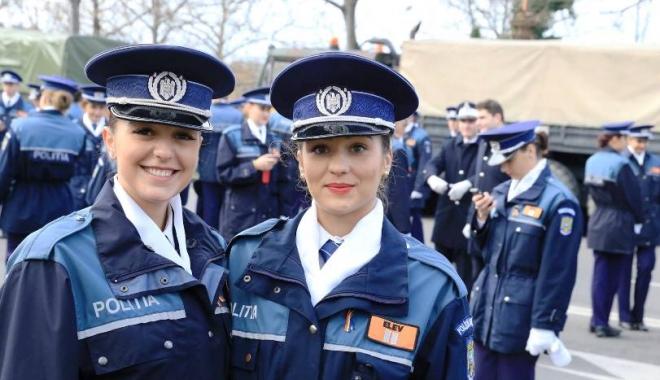 Foto: Încadrări din sursă externă! Poliţia anunţă opt candidaţi pe loc