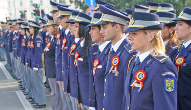 Poliția Română recrutează 1800 de ofițeri din sursă internă - politist-1564172177.jpg