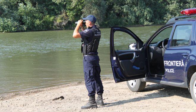 Foto: Poliţist de frontieră, găsit împuşcat! A lăsat un bilet de adio pentru soţie