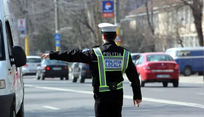 """Foto: Poliţiştii locali vor mai multe drepturi. """"La fel ca Poliţia Naţională, avem probleme de implicare psihică şi psihologică"""""""