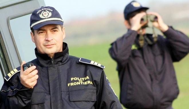 Foto: La muncă, printre igrasie şi şobolani! Patimile poliţiştilor de frontieră constănţeni