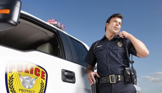 Foto: Polițistul  de la Rutieră și Dumnezeu la volan