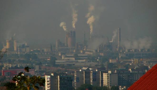 Foto: Informaţiile despre poluărea din Beijing, CENZURATE