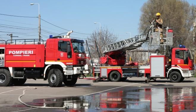 Foto: Pompierii constănţeni, pe locul II pe ţară la descarcerare şi acordarea primului ajutor