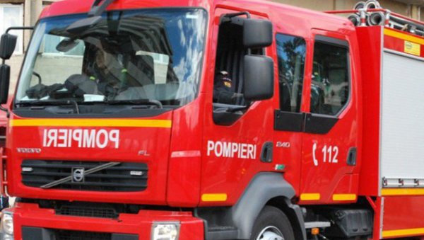Foto: Pompierii ISU Dobrogea, intervenție pe Autostrada Soarelui