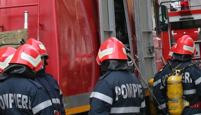 Foto: Incendiu la Constanţa!