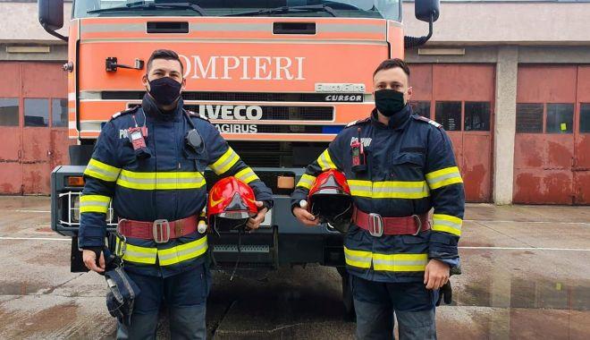 Eroi și în timpul liber. Doi pompieri au salvat victimele unui incendiu - pompieriincendiu-1618508446.jpg