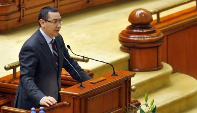 Foto: Guvernul şi-a angajat răspunderea asupra legii descentralizării