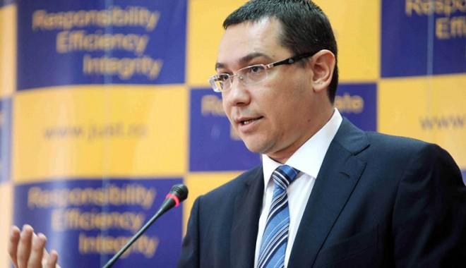 Foto: Ponta spune că nu mai trebuie să stabilească Guvernul nivelul taxelor locale