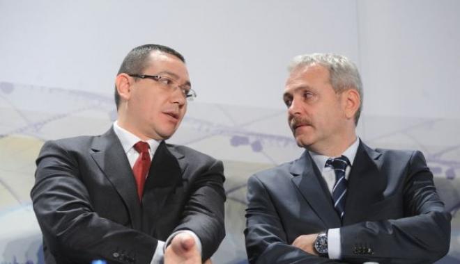 Foto: Dragnea către Victor Ponta în Parlament: Eşti nebun, ce ai?