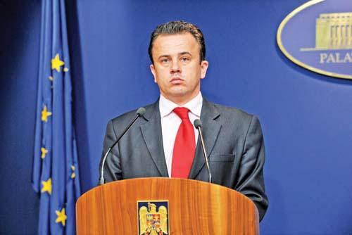 Foto: SCANDALOS / Ministrul Educaţiei a desfiinţat Consiliul care analiza plagiatul lui Ponta