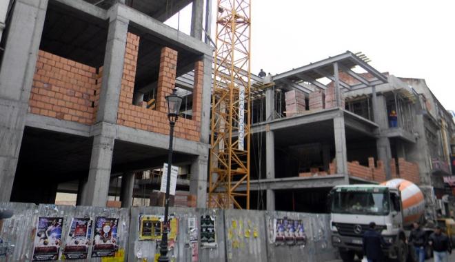 Foto: Populaţia salvează  sectorul construcţiilor