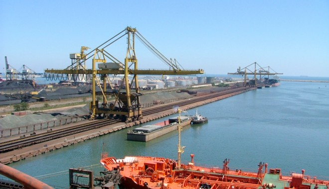 Foto: Portul Constanţa ar fi dat faliment, dacă aplica master-planul japonez