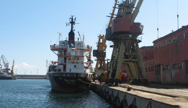 Foto: Porturile maritime - puşculiţa administraţiilor locale?
