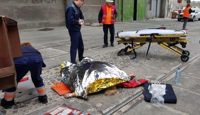 Foto: UPDATE / Accident rutier grav în Portul Constanţa. Din păcate, femeia accidentată A MURIT