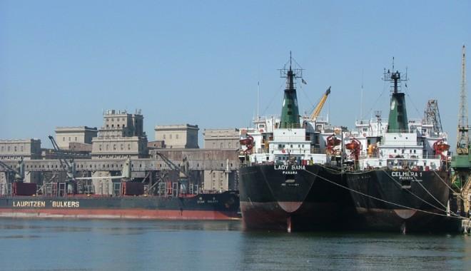 Foto: Două investiţii de peste 16 milioane euro în portul Constanţa