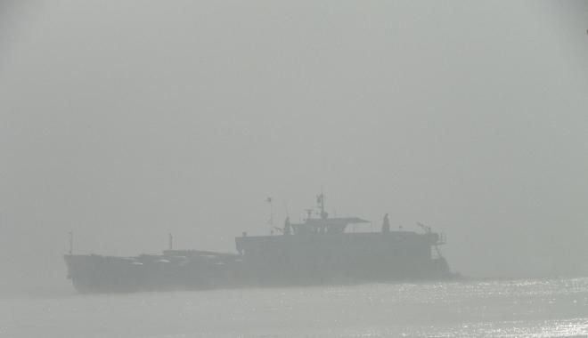 Foto: CEAŢĂ DENSĂ, LA CONSTANŢA. Ce porturi sunt închise