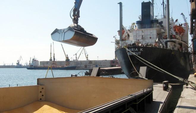 Foto: Invazia cerealelor în portul Constanţa