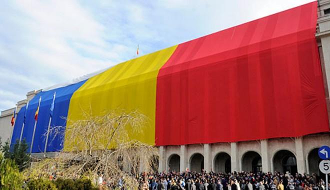 Foto: Ziua porţilor deschise la Guvern şi Camera Deputaţilor, de 1 Decembrie