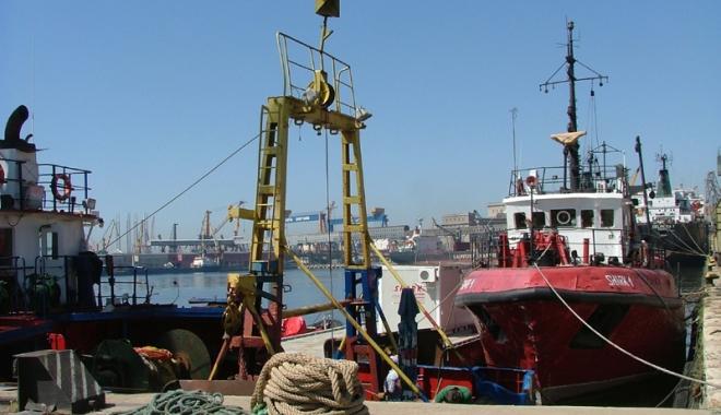 Foto: Portuarii vor cere Parlamentului României să-şi repare greşeala legislativă