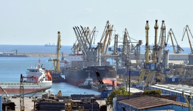 Foto: Portul Constanța, protocol de colaborare cu portul Ningbo Zhoushan, unul dintre cele mai mari din lume