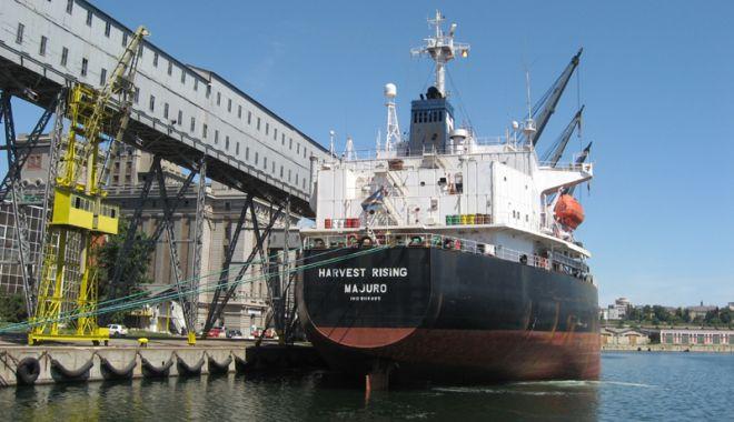 Foto: Porturile maritime românești au înregistrat o creștere de 6,0% a traficului de mărfuri