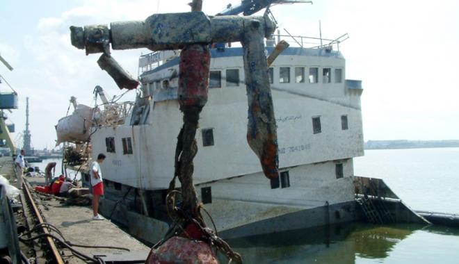 Foto: Porturile româneşti vor aplica Codul pentru stivuirea şi amararea mărfurilor