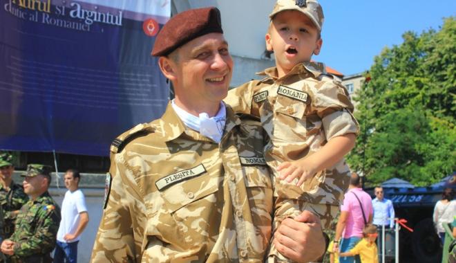 Familia în care armata este