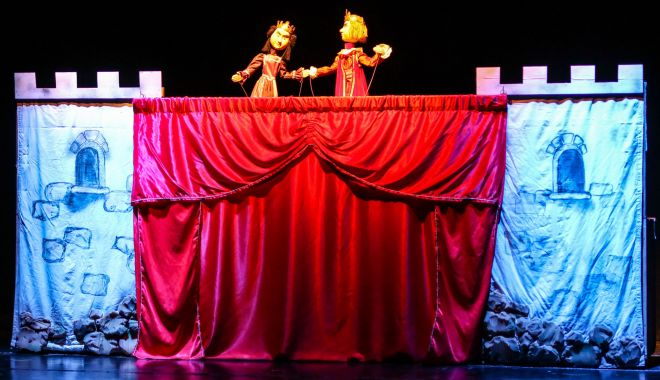 """""""Povestea porcului"""", spectacol online al Teatrului """"Căluţul de Mare"""" - povesteaporcului-1618582940.jpg"""