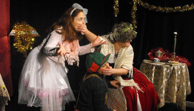 """Foto: Haideţi să aflaţi o """"Poveste de Crăciun"""", la Casa de Cultură!"""