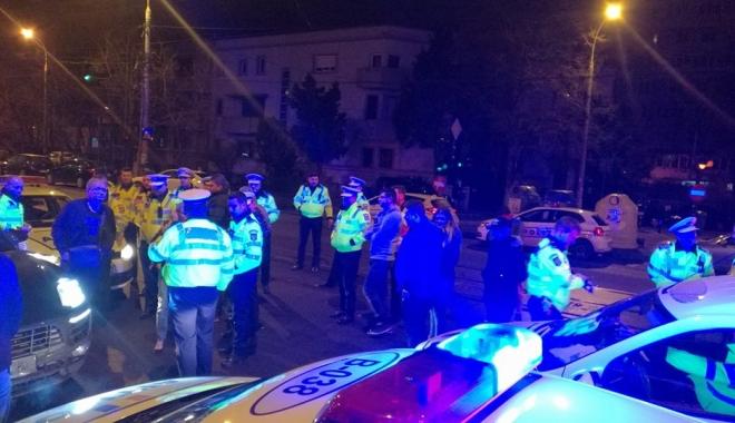 Foto: Şoferul care a lovit un poliţist cu maşina, arestat