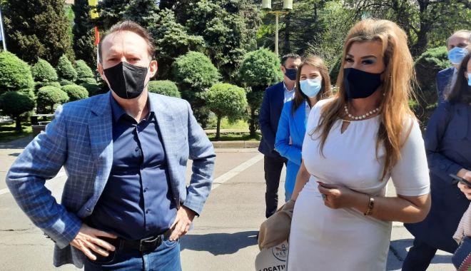 Premierul Florin Cîţu, la Constanţa: Sunt bucuros că industria Horeca a lansat campania