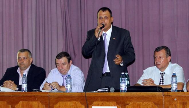 Dispute aprige în PP-DD Constanța pentru funcția de președinte - ppddalegeri2-1346588707.jpg