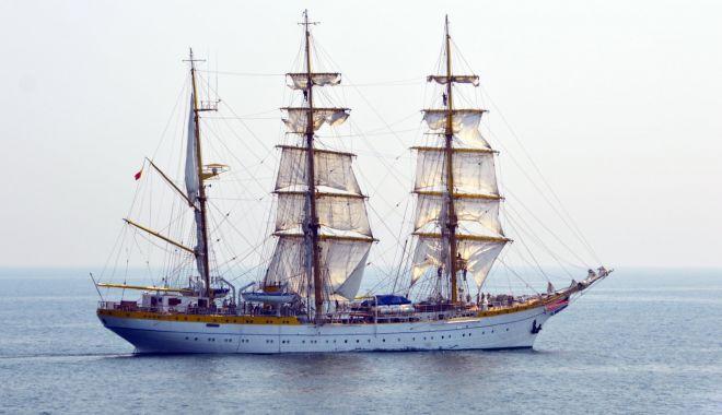 """Practică marinărească la bordul navei-şcoală """"Mircea"""", pentru elevii Şcolii Militare de Maiştri - practicamarinareasca1-1617547872.jpg"""