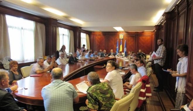 Foto: Prefectul Ioan Albu a convocat Comitetul pentru Situaţii de Urgenţă. Ce spun autorităţile