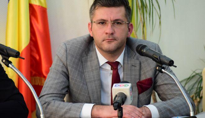 Foto: Prefectul Constanței a demisionat ca să se dedice mediului privat