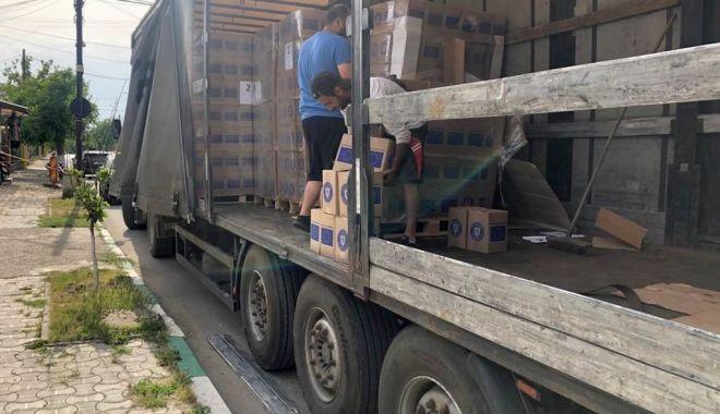 Foto: Prefectura Constanța a început distribuirea pachetelor pentru nevoiașii din județ