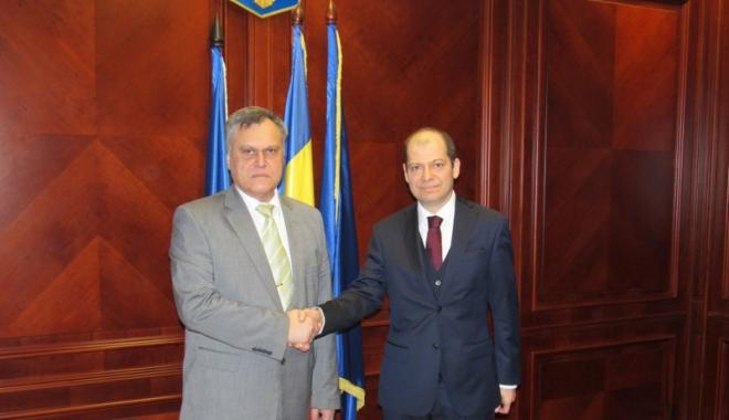 Foto: Noul consul  al Turciei, vizită la Prefectura Constanţa