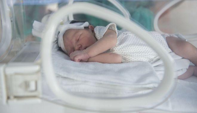 Foto: Cu ce probleme se pot confrunta copiii născuţi prematur