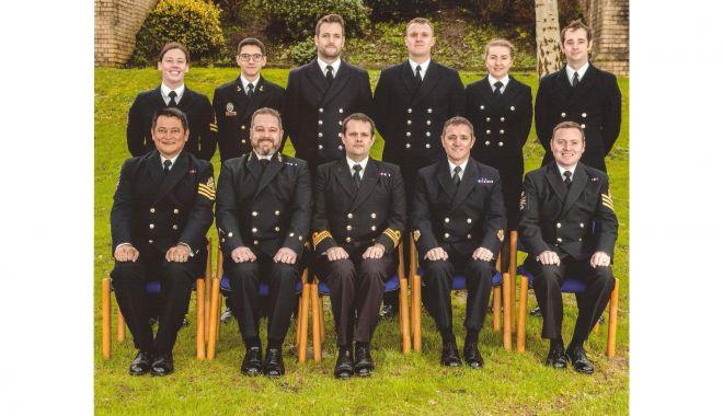 Ofițer de marină, instruit în oceanografie, apreciat în Marea Britanie - premiatmarinarsursafortelenavale-1610392112.jpg