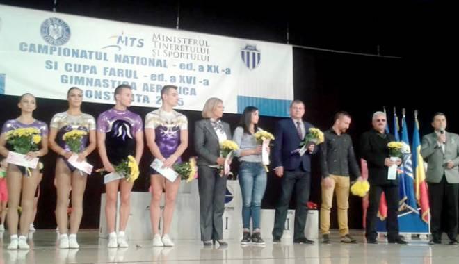 Foto: Cinci sportivi de la CS Farul, recompensaţi pentru performanţele de la Baku
