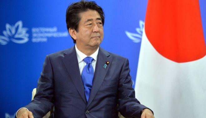 Foto: Premierul japonez îndeamnă  Coreea de Nord  să treacă la fapte