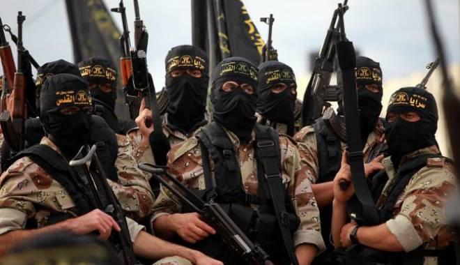 Foto: Acuzaţii grave / Teroriştii din Statul Islamic ar cumpăra armament din România