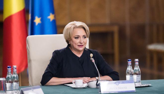 Foto: Premierul Viorica Dăncilă față cu Marea Neagră