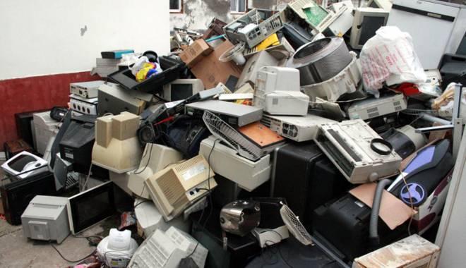 Foto: Premii la schimb pentru deşeurile electrice şi electronice predate
